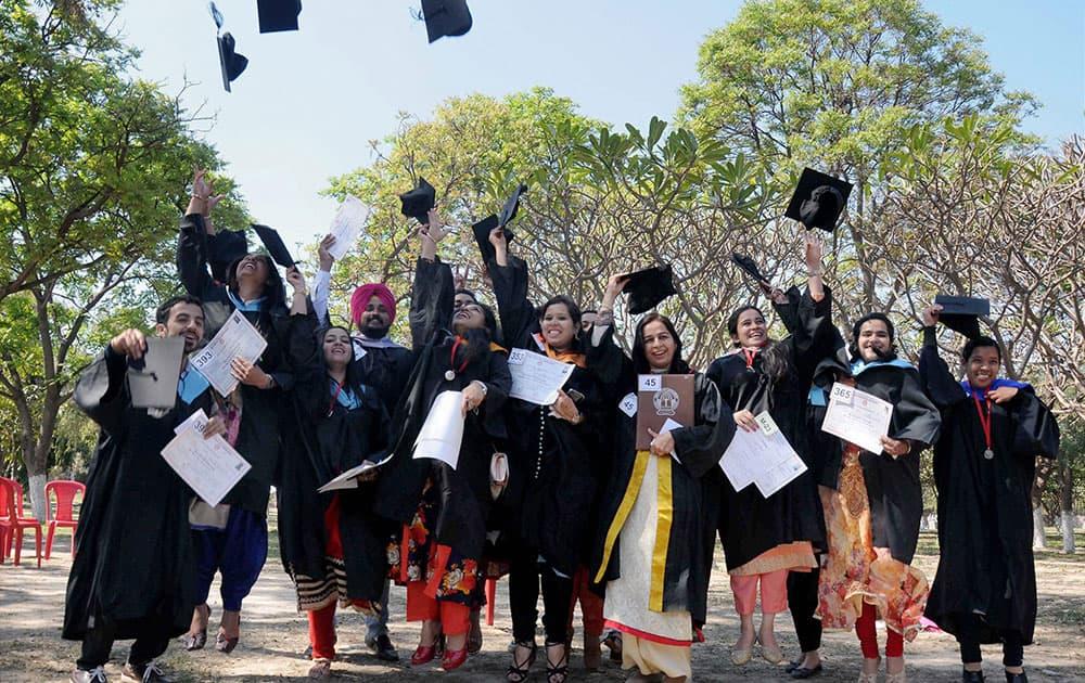 Jubilant students at the 43rd annual convocation of Guru Nanak Dev University