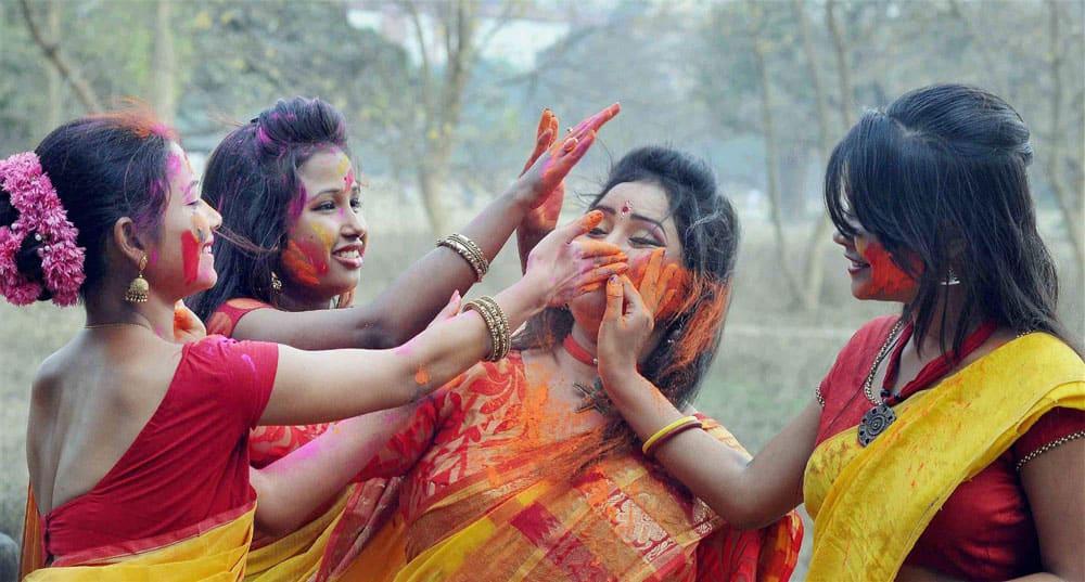 Holi in Kolkata