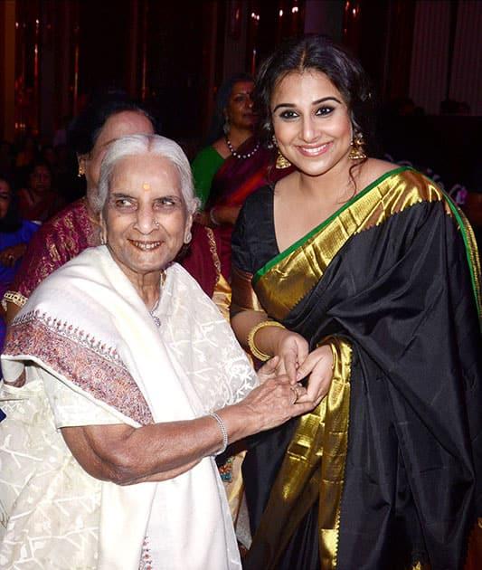 Vidya Balan with clasical singer Girija Devi