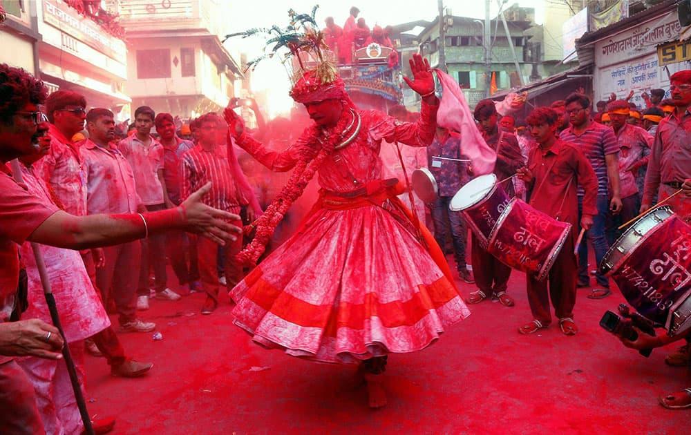People celebrating Badshah Holi in Beawar