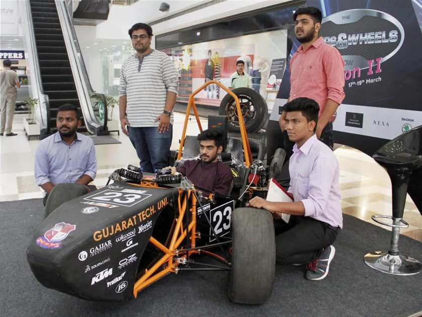 IIT students make a car