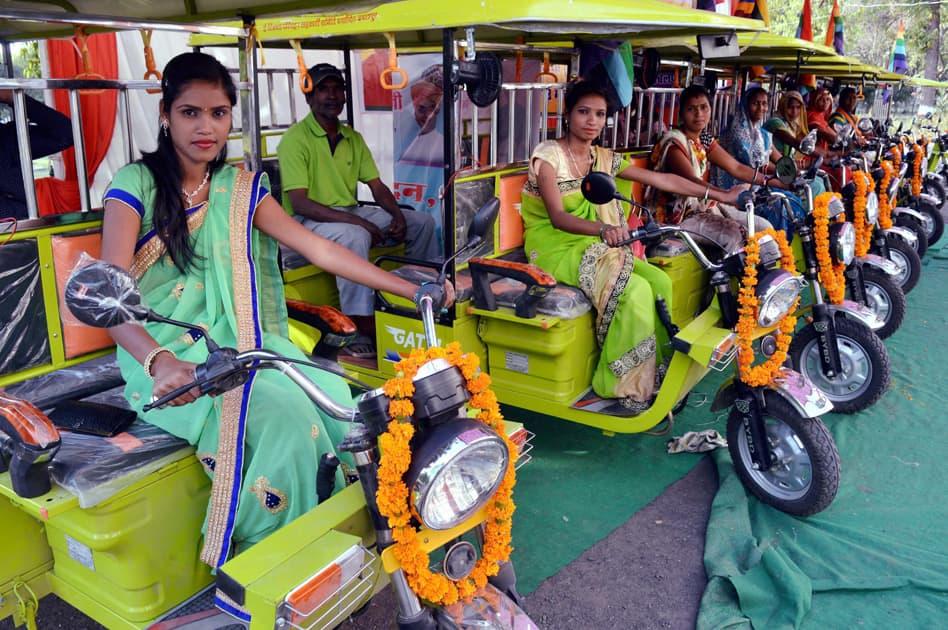 Free e- rickshaw to women at Jabalpur