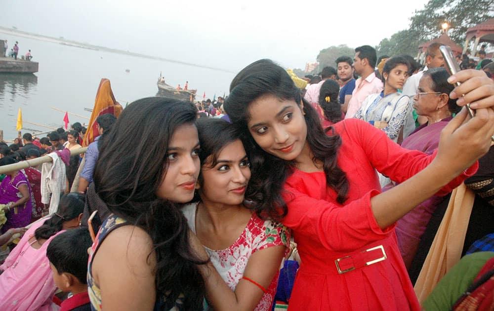 Girls click selfies during Chaiti Chhath celebrations