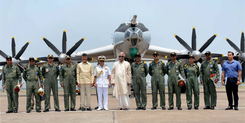 AP CM welcomes decommissioned naval aircraft