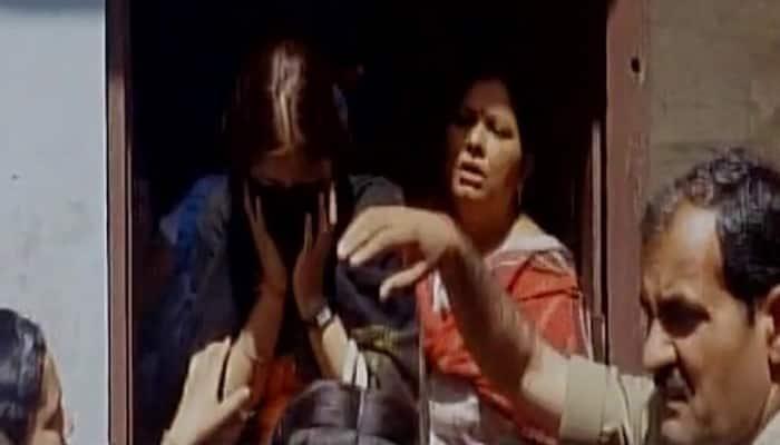 Meerut: Hindu Yuva Vahini thrashes Muslim boy for `romancing` with Hindu girl, alleges 'love jihad'