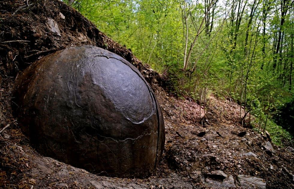 Bosnian Spheres