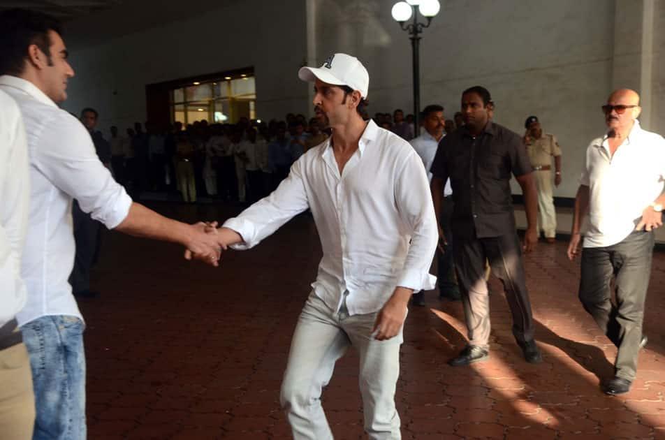 Actor Hrithik Roshan arrives