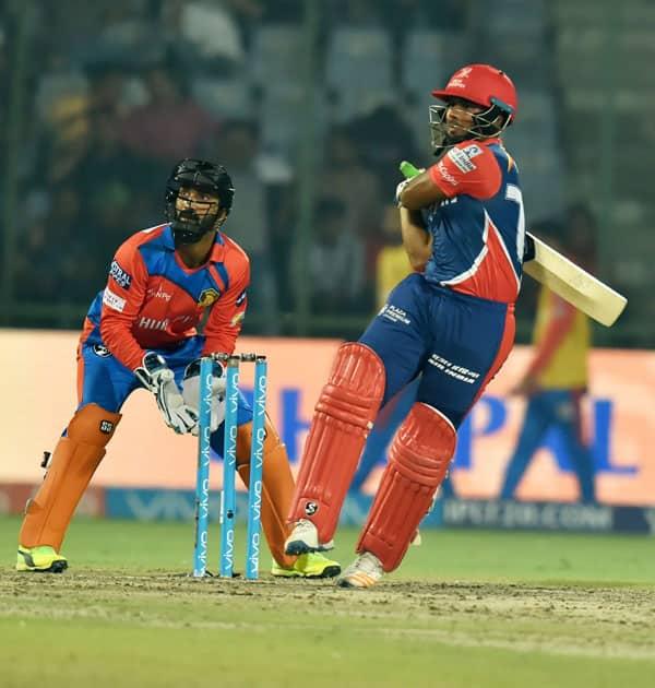 Delhi Daredevils batsman Rishabh Pant plays