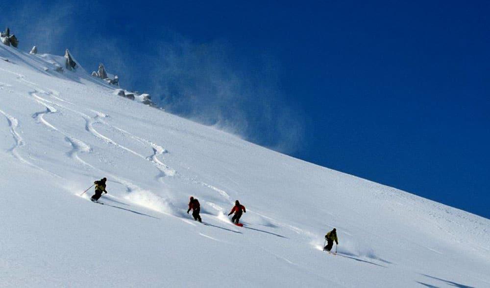 Ice Skiing, Kashmir