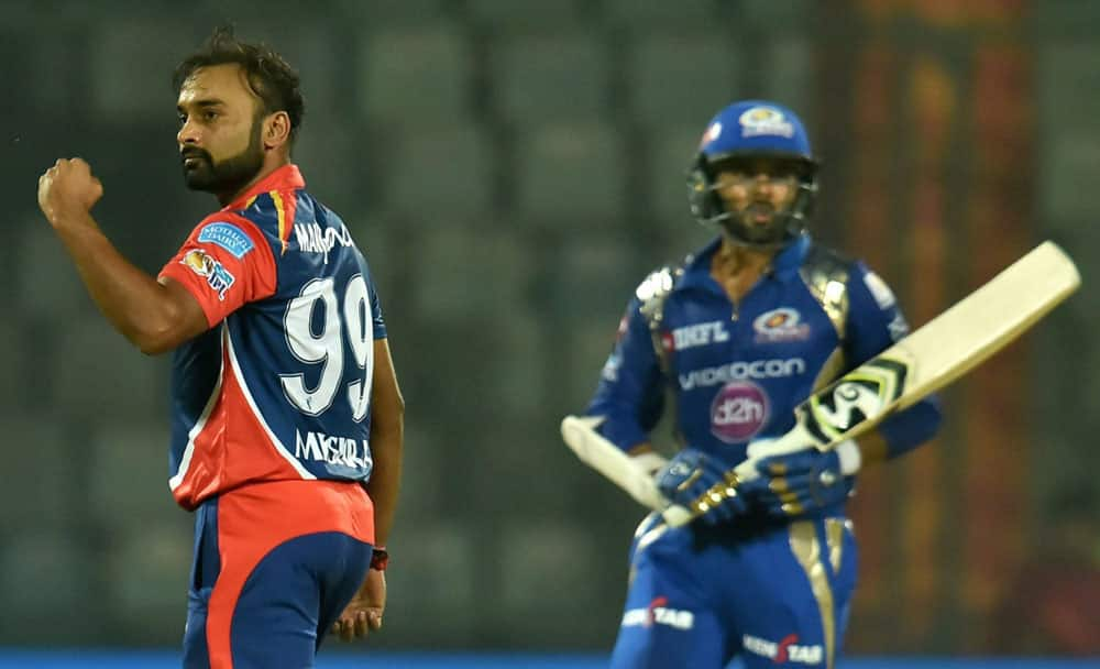 Amit Mishra celebrates after taking wicket)