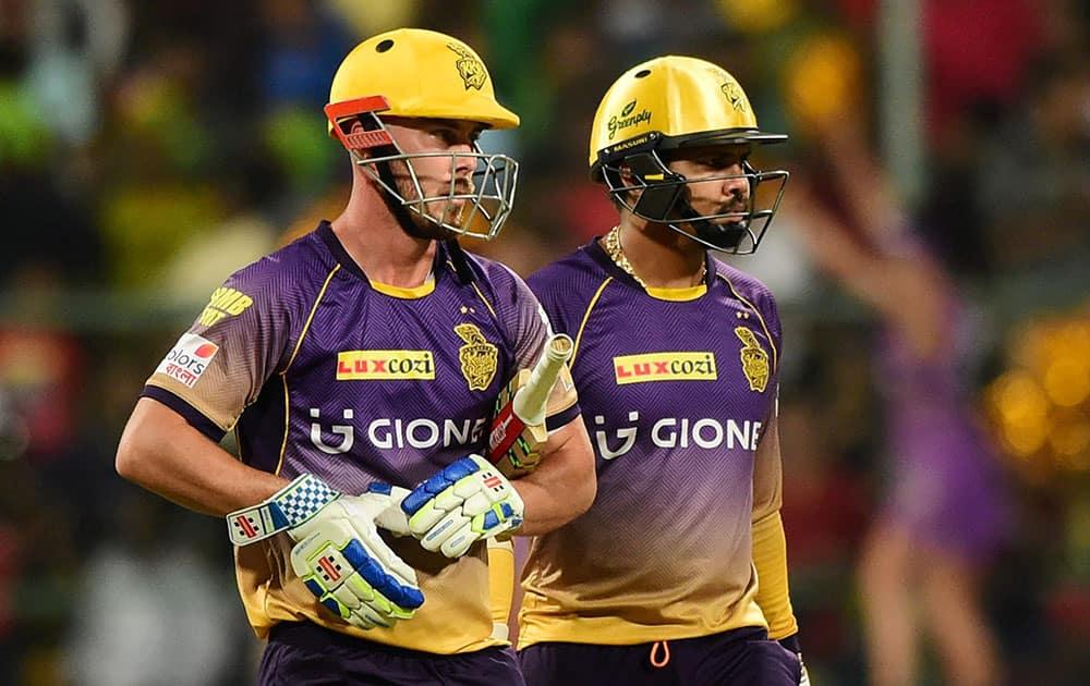 Sunil Narine and Chris Lynn during the IPL match