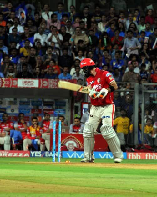Glenn Maxwell of Kings XI Punjab gets dismissed