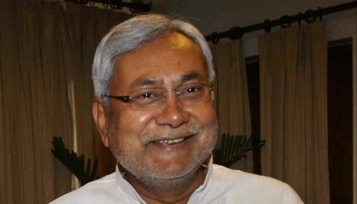Amid parleys over joint President nominee, Nitish Kumar backs Pranab for 2nd term