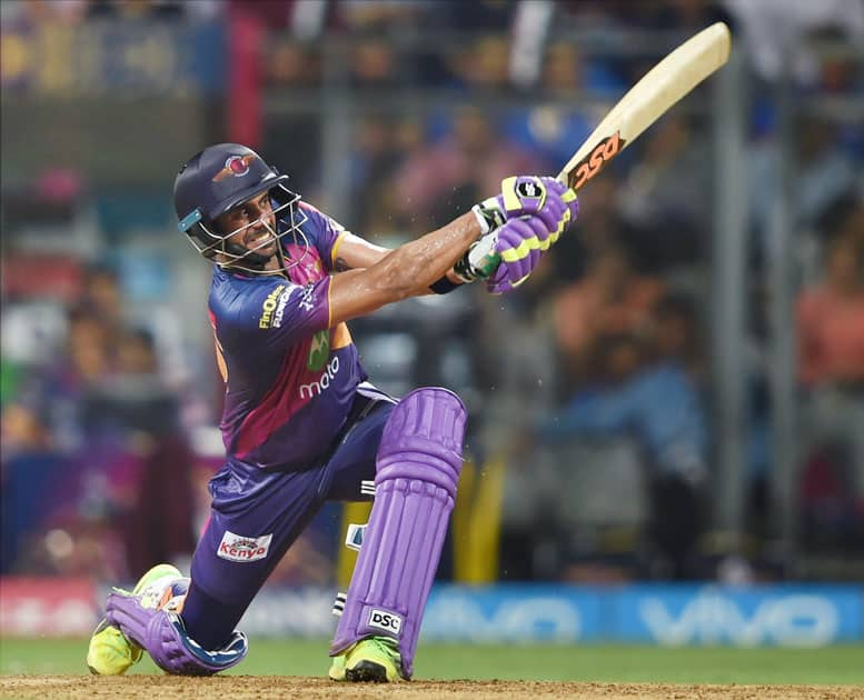 Rising Pune Supergiants batsman Manoj Tiwari plays a shot