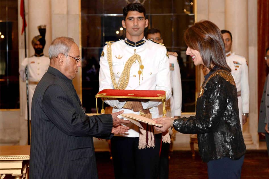 Ambassador-designate of Costa Rica presents her credentials