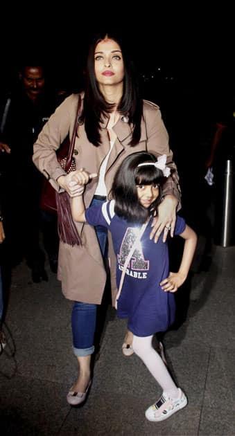 Aishwarya Rai leaves for Cannes