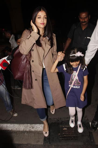 Actress Aishwarya Rai Bachchan along with her daughter Aaradhya