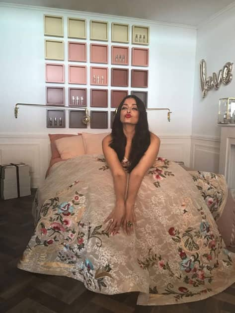 When at Cannes, pose and pout #LifeAtCannes #AishwaryaAtCannes #CannesQueen
