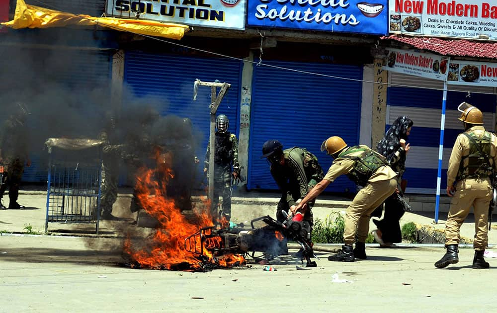 Protest in Pulwama