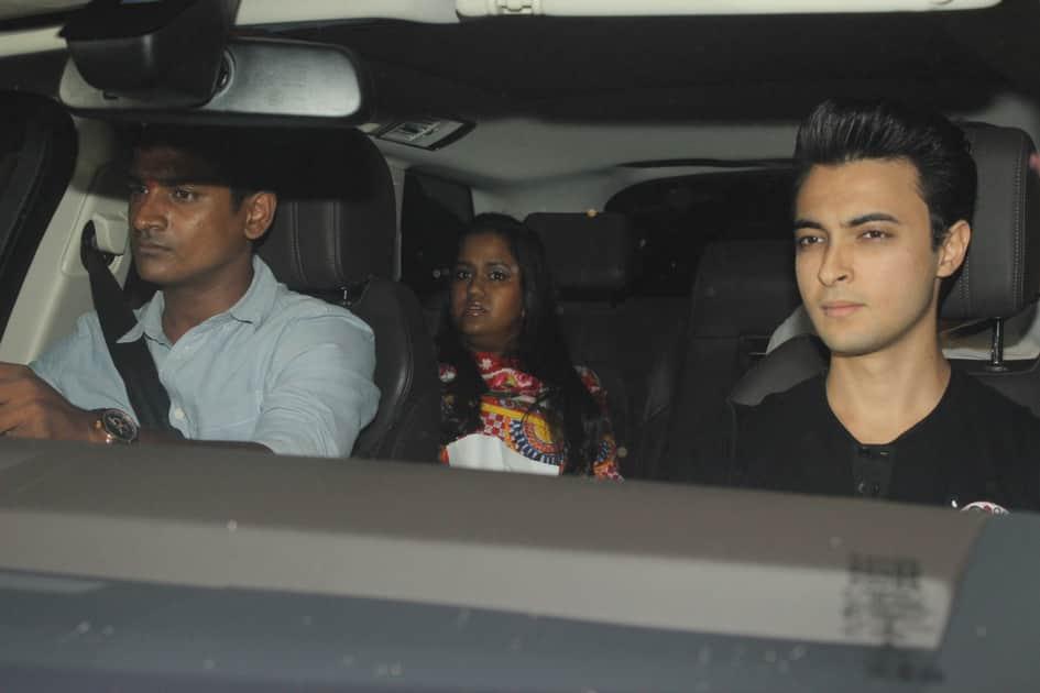 Arpita Khan along with her husband Aayush Sharma during Karan Johar`s 45th birthday party