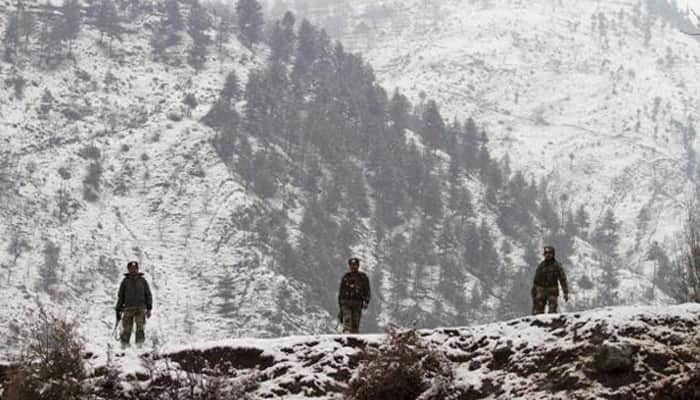 Indian Army foils ambush by Pakistan's Border Action Team in Uri, two attackers gunned down