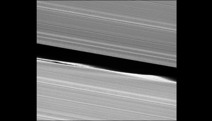 Cassini beams back its pre-grand finale, saying goodbye to Saturn's main ring system! - See pic