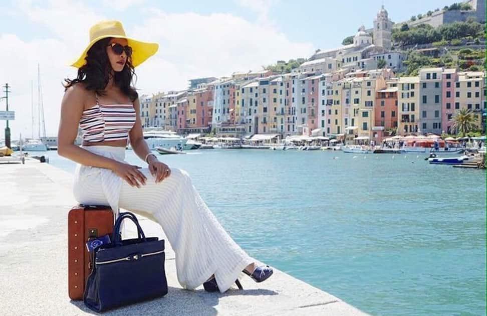 Super stoked!! Presenting #AyeshaMehra #DilDhadakneDo in beautiful Italy