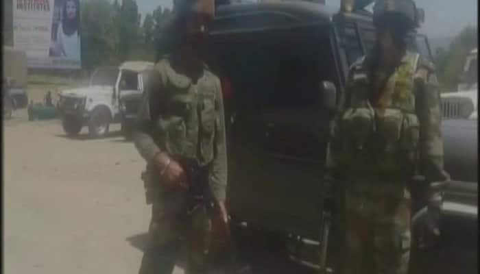 Army convoy attacked by militants in J&K's Kulgam, two jawans killed