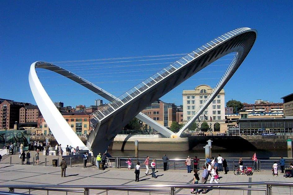 Gateshead Millennium Bridge, Newcastle, England