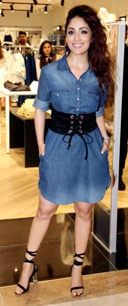 Yami Gautam at opening of store in Mumbai