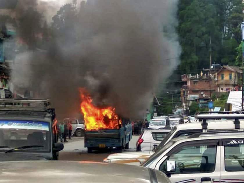 Gorkha Janmukti Morcha torch buses