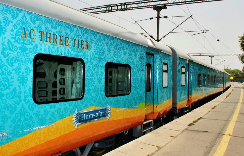 Railway Minister Suresh Prabhu inspects Humsafar