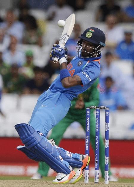 Hardik Pandya plays a shot