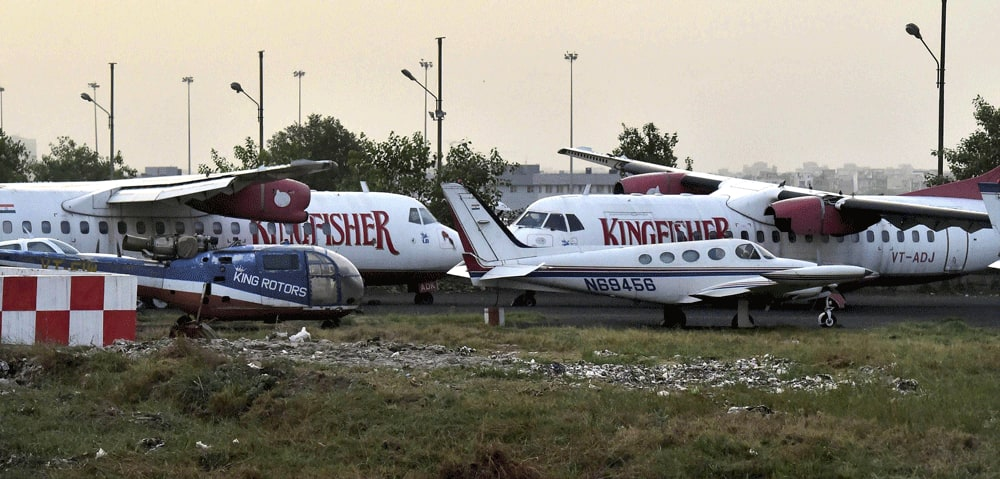 Kingfisher Airlines planes at IGI Airport