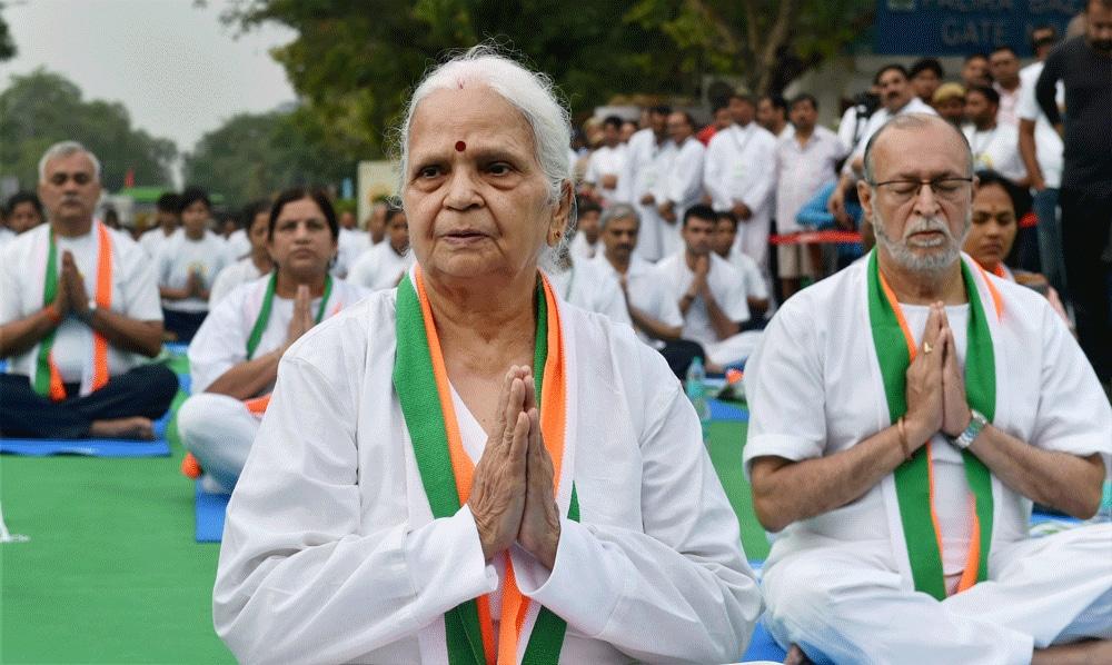 Goa governor Mridula Sinha and Delhi Lieutenant Governor Anil Baijal