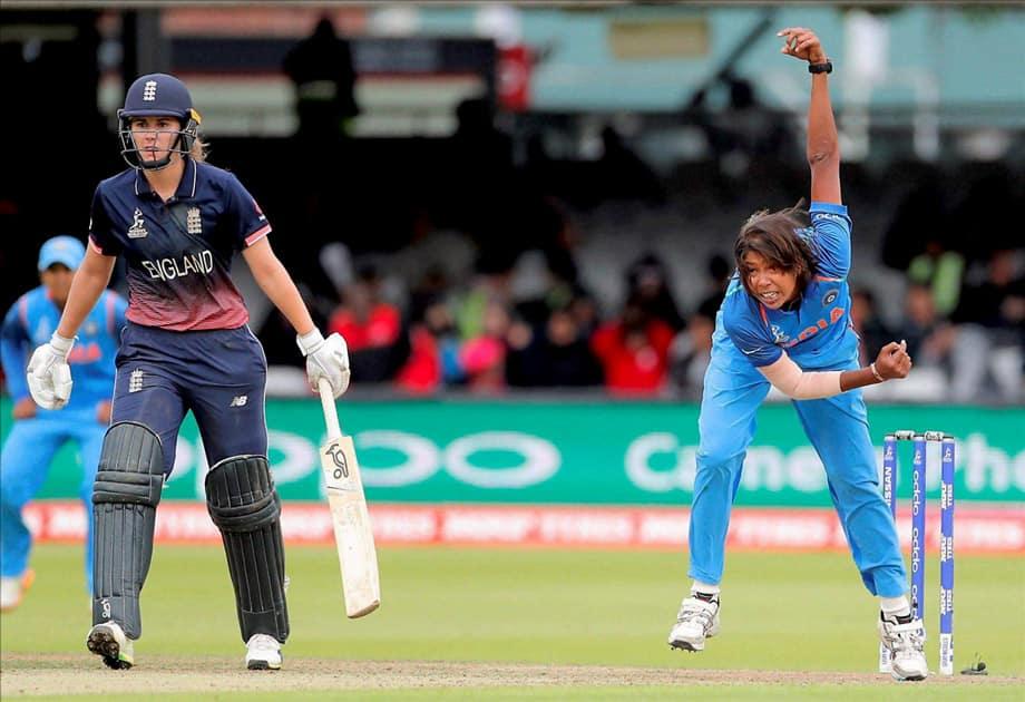 Jhulan Goswami bowls against England