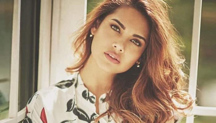 Sometimes I wish I had another surname: Esha Gupta on being an outsider