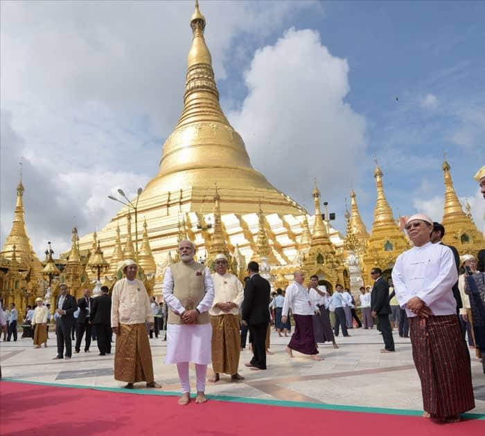 Prime Minister Narendra Modi visits the Shwedagon Pagoda