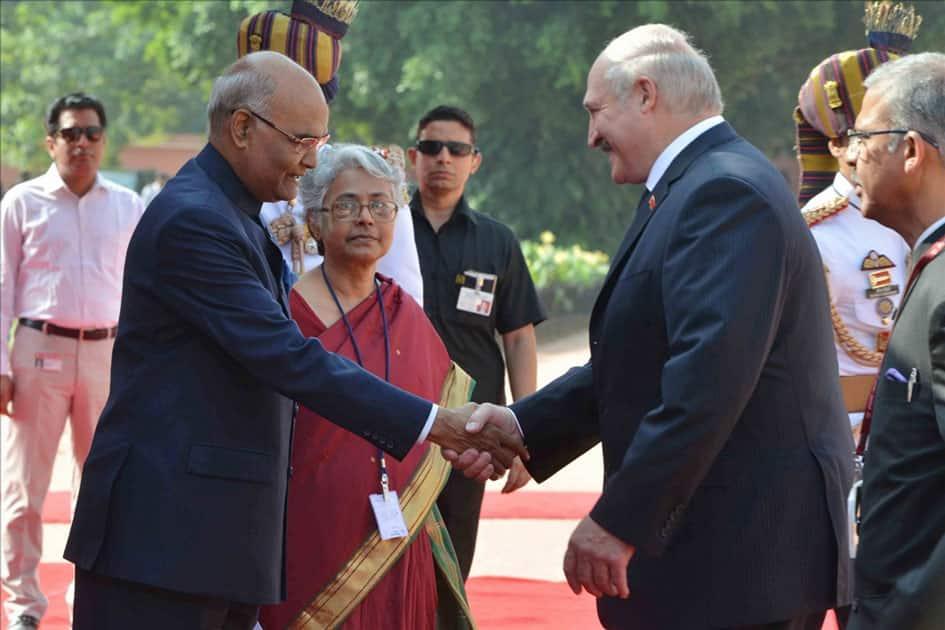 President Ram Nath Kovind receives Alexander Lukashenko, President of the Republic of Belarus during his ceremonial reception