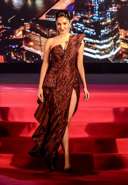 Actress Kiara Advani walked the ramp for a cause at CSA's (Catalysts for Social Action) fundraiser