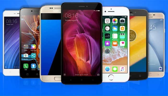 226370c0112ba8 Flipkart BBD Vs Amazon Great Indian Festival sale: Compare smartphone deals