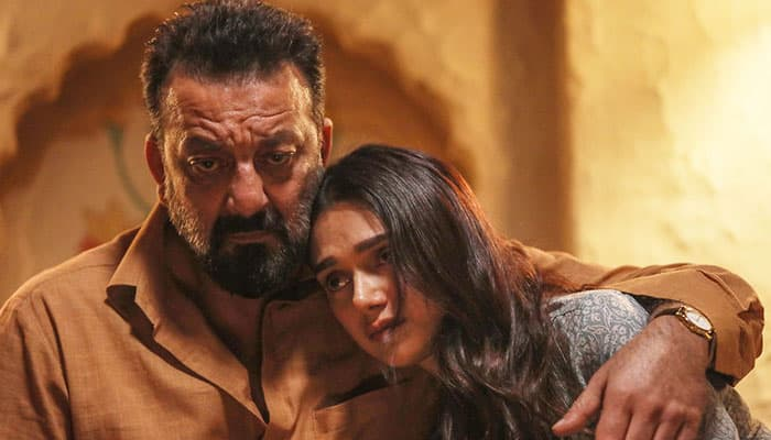 Bhoomi movie review: Sanjay Dutt roars for revenge in emotional father-daughter tale