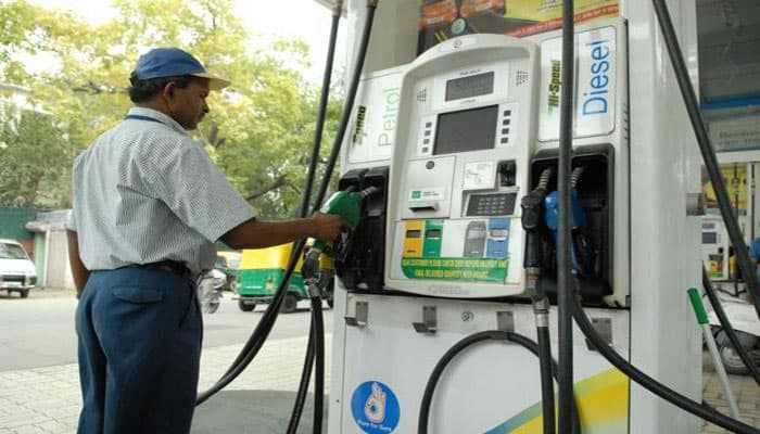 54,000 petrol pumps across India to remain shut on October