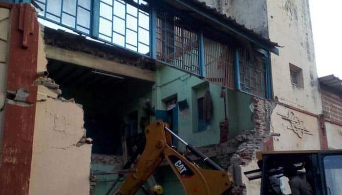 Tamil Nadu 8 Dead After Ceiling Of Bus Depot Rest Room