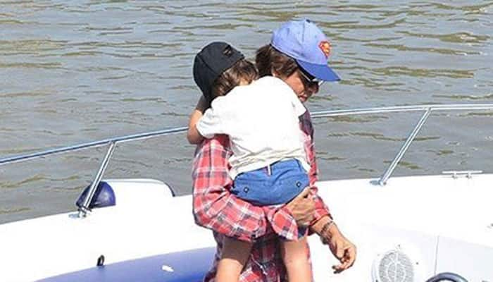 Super daddy Shah Rukh Khan and AbRam together make for a perfect click!