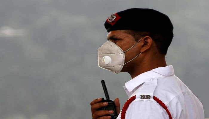 Air Delhi Pollution Complete Mask The To Buying A Smog Right Guide