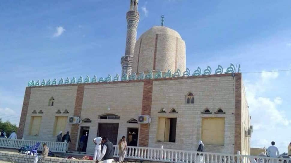 235 dead as blasts rip through mosque in Egypt's north Sinai