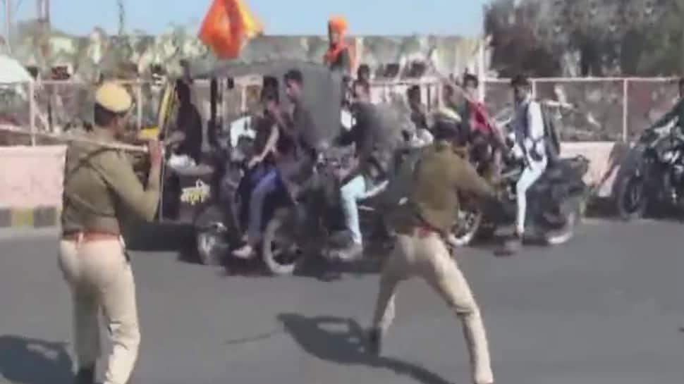 Padmavati row intensifies, police lathicharge Karni Sena members in Rajasthan's Bhilwara
