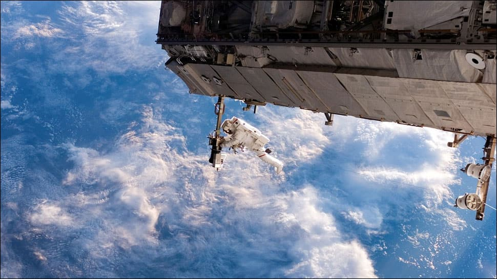 Living bacteria found in samples from ISS satellite's surface