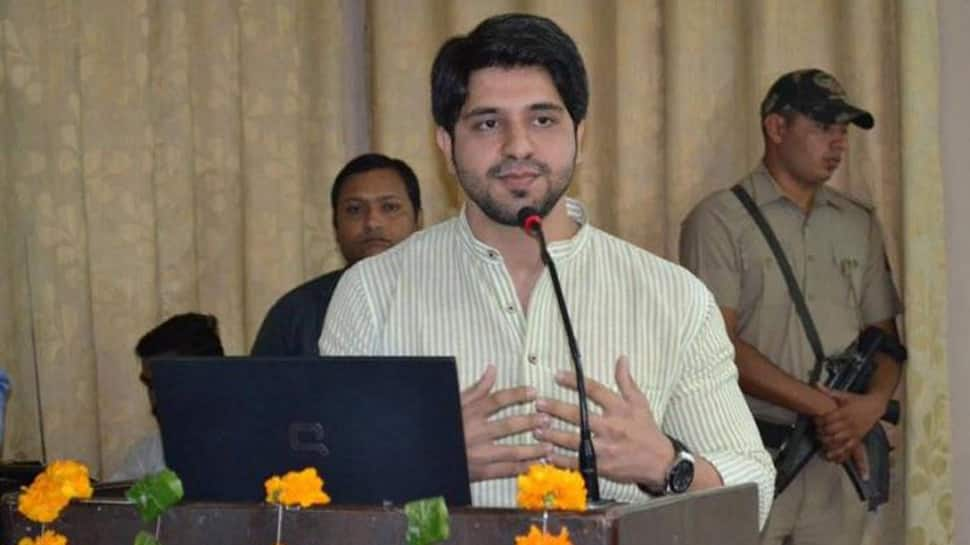 Shehzad Poonawalla releases audio, claims Congress leader Manish Tewari called the party a 'family-run proprietorship'